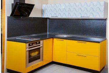 Желтая кухня Джина