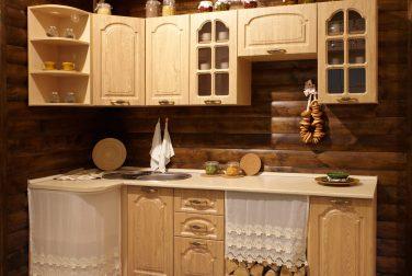 Классическая кухня Деревенька