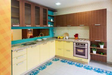 Желтая кухня Перлино